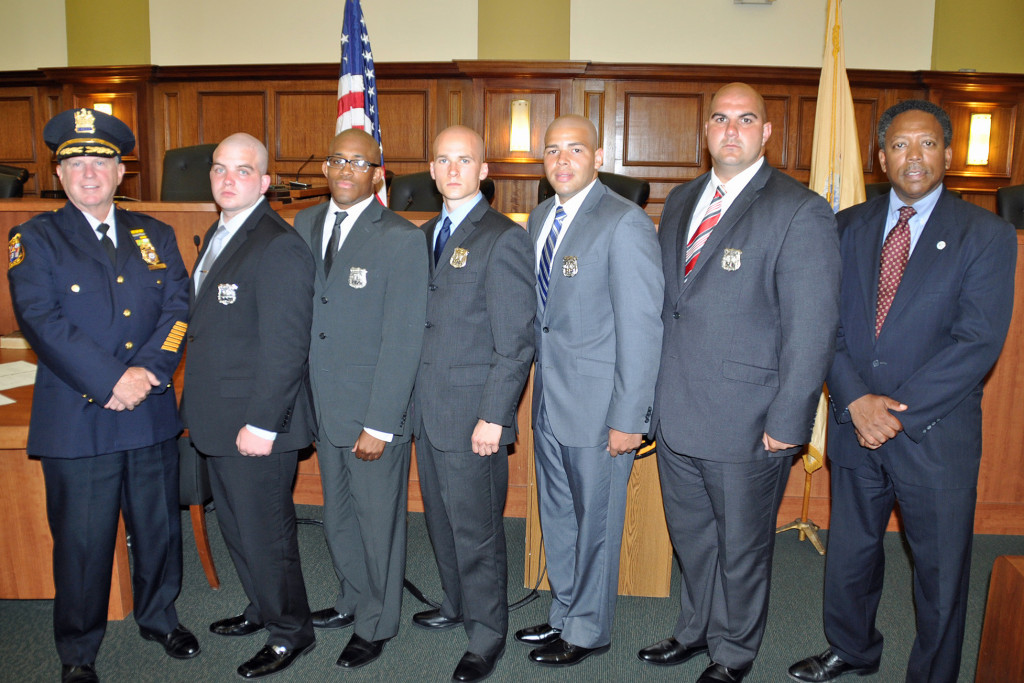 (above l-r) Chief James M. Schulhafer, Officers Michael Forfa, Jabari J. Shults, Michael E. Mikolajczyk, Jose A. Hernandez, Raymond A. Wegrzynek, and Mayor Derek Armstead.