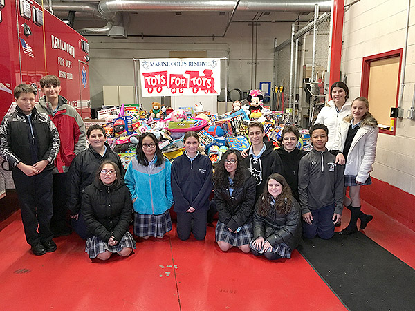 Police Toys For Tots 2017 : Renna media